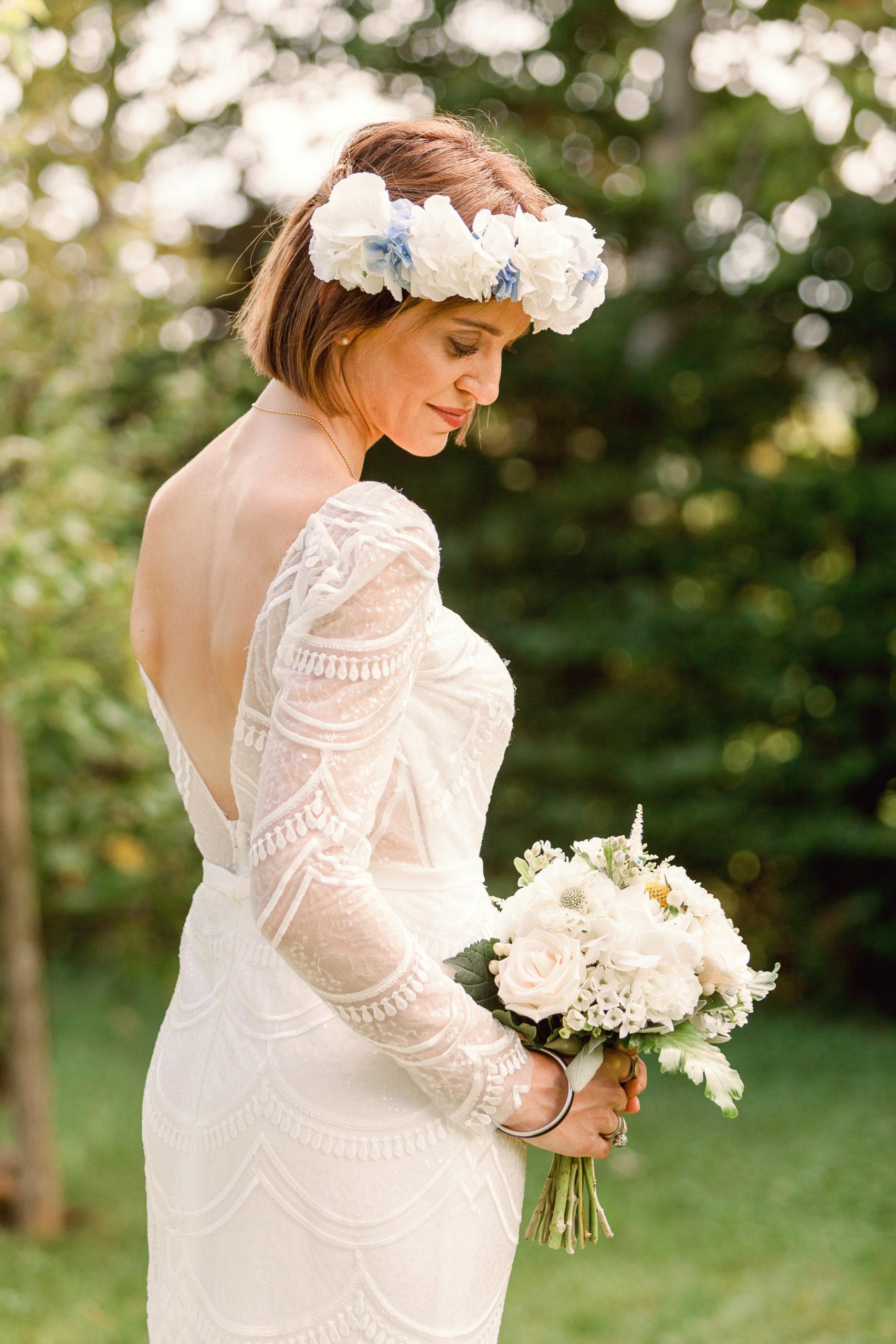 Traureden - Braut hält Strauß